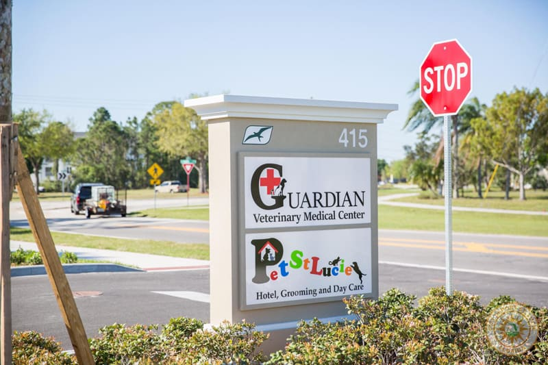 The outside sing for Guardian Veterinary Medical Center and Pet St. Lucie hotel, grooming and daycare